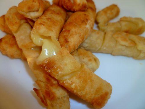 Stuzzichini al formaggio con farina di ceci