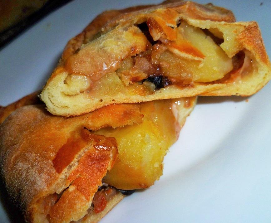calzone-ripieno-di-baccala-e-patate