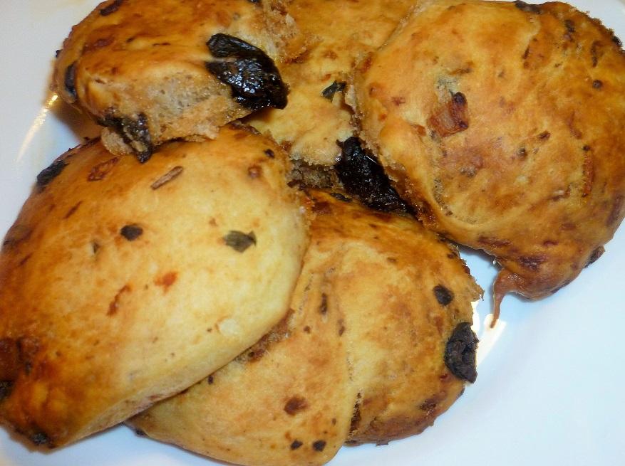 focaccine-con-olive-nere-e-acciughe