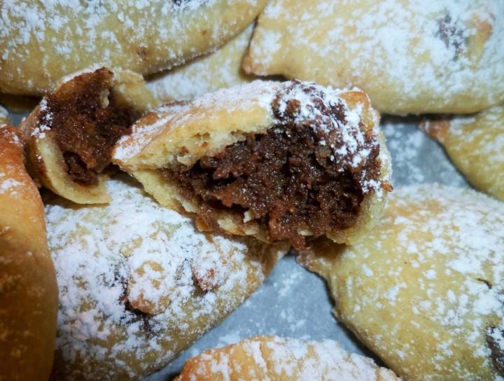 'mpanatagghie-liccumie-dolce-cioccolato-melanzana