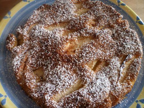 Torta soffice doppio strato di mele e limone