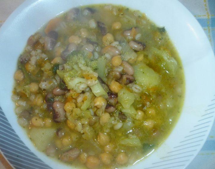 zuppa-con-legumi