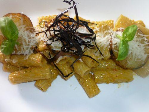 Ricetta – Tortiglioni con melanzana e pesto siciliano