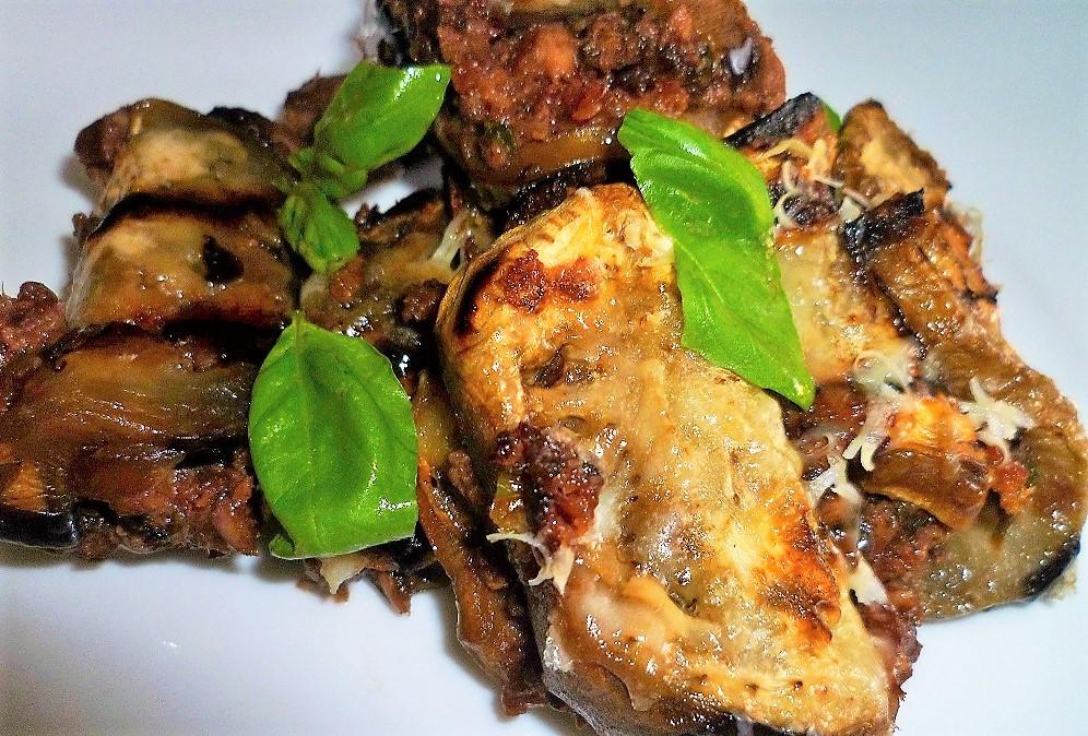 stuzzichini-di-melanzana-con-tonno-e-olive-nere