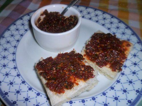 Capuliato : preparato per toast e bruschette