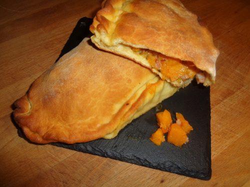 Ricetta – Calzone ripieno con zucca e pancetta affumicata