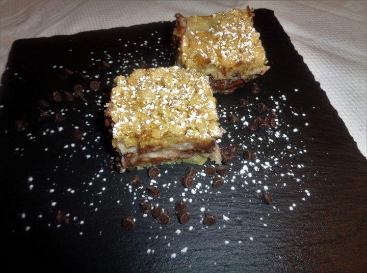torta-sbriciolona-con-ricotta-e-gocce-di-cioccolato