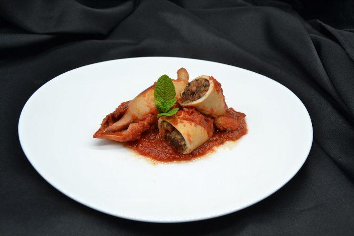 totani-ripieni-in-salsa-di-pomodoro