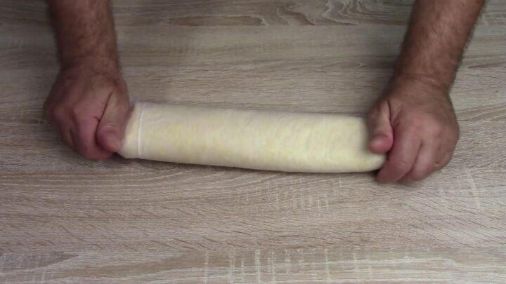 rolle-di-uova-farcito